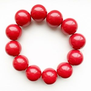 Vintage chunky red beaded stretch bracelet